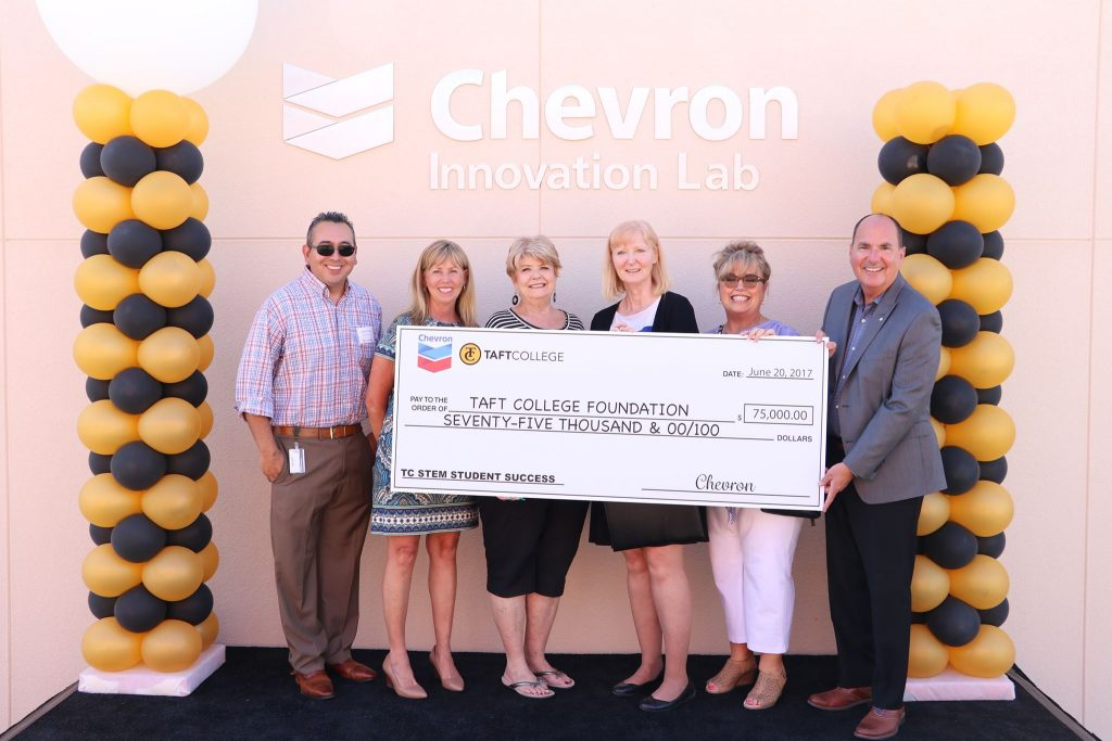 Chevron Innovation Lab, Check ceremony