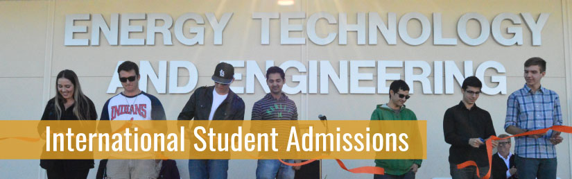 Students standing in front of the Energy Technology and Engineering building